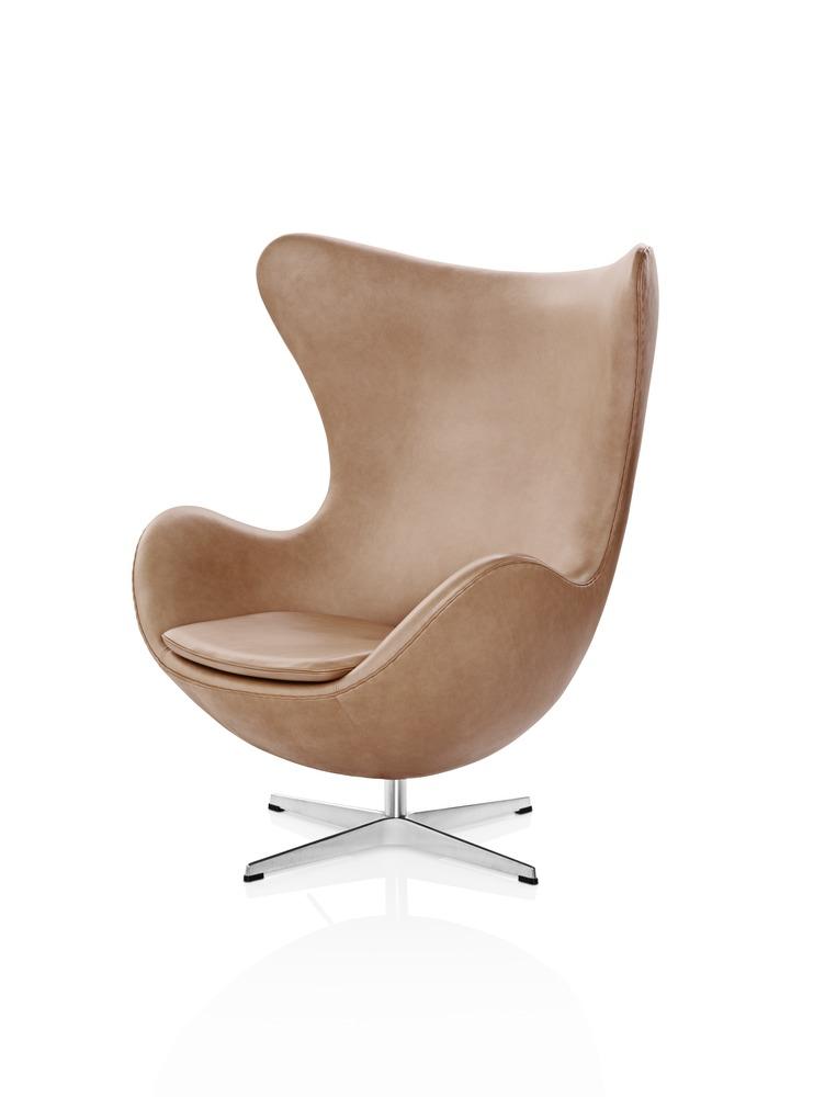 Arne Jacobsen Design Icons - AJ The Egg™ Chair - on Lifetime-Pieces.com