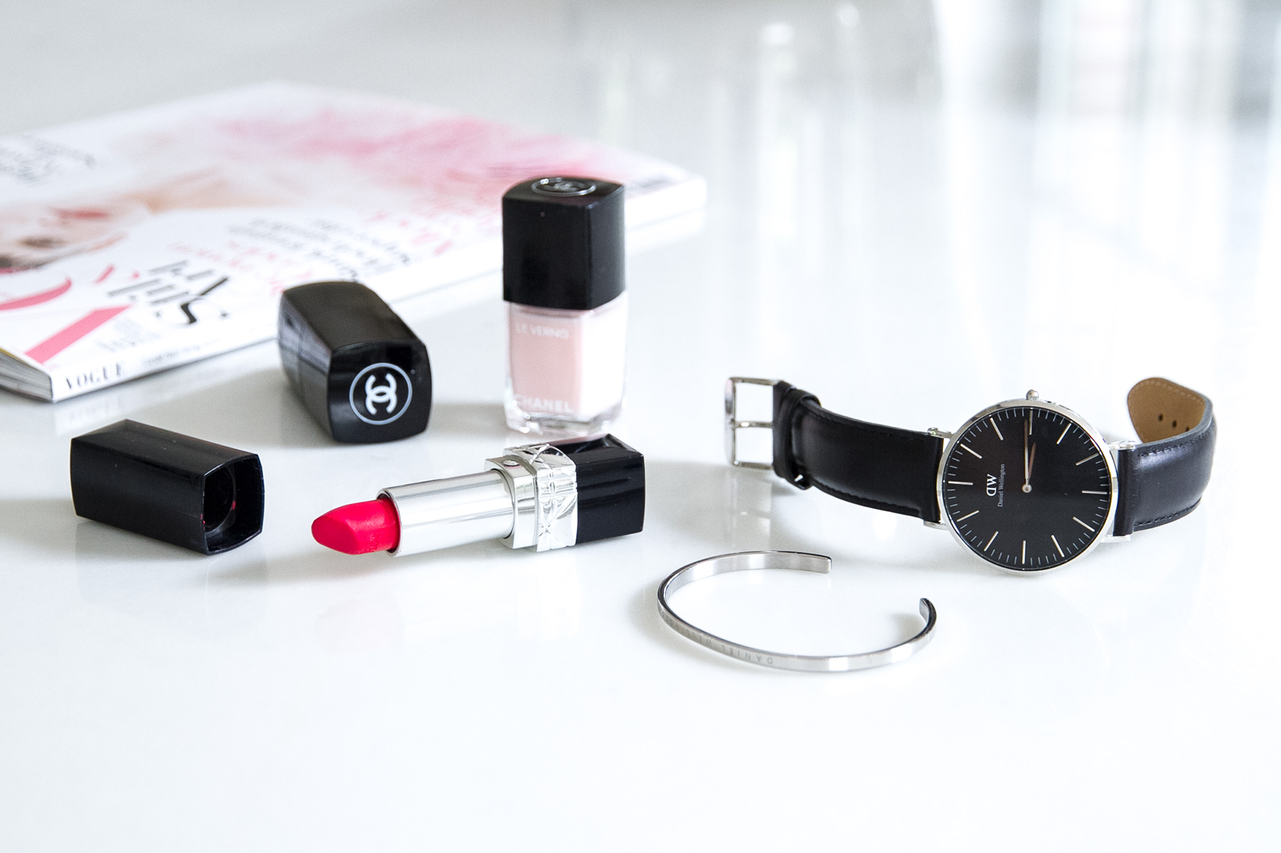 Daniel Wellington classic watch and cuff vogue magazine lipstick nail lacquer Blog post on Lifetime-pieces.com