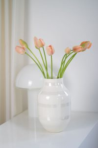 vase tulips spring flowers blog post on lifetime-pieces.com