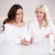 Mother and Daughter Mother's Day Skin care Lapidar Lotion La Roche-Posay Blog post Mums & Daughters on Lifetime-pieces.com