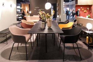 dining table, chairs, vases, imm cologne fair 2018, blog post lifetime-pieces.com