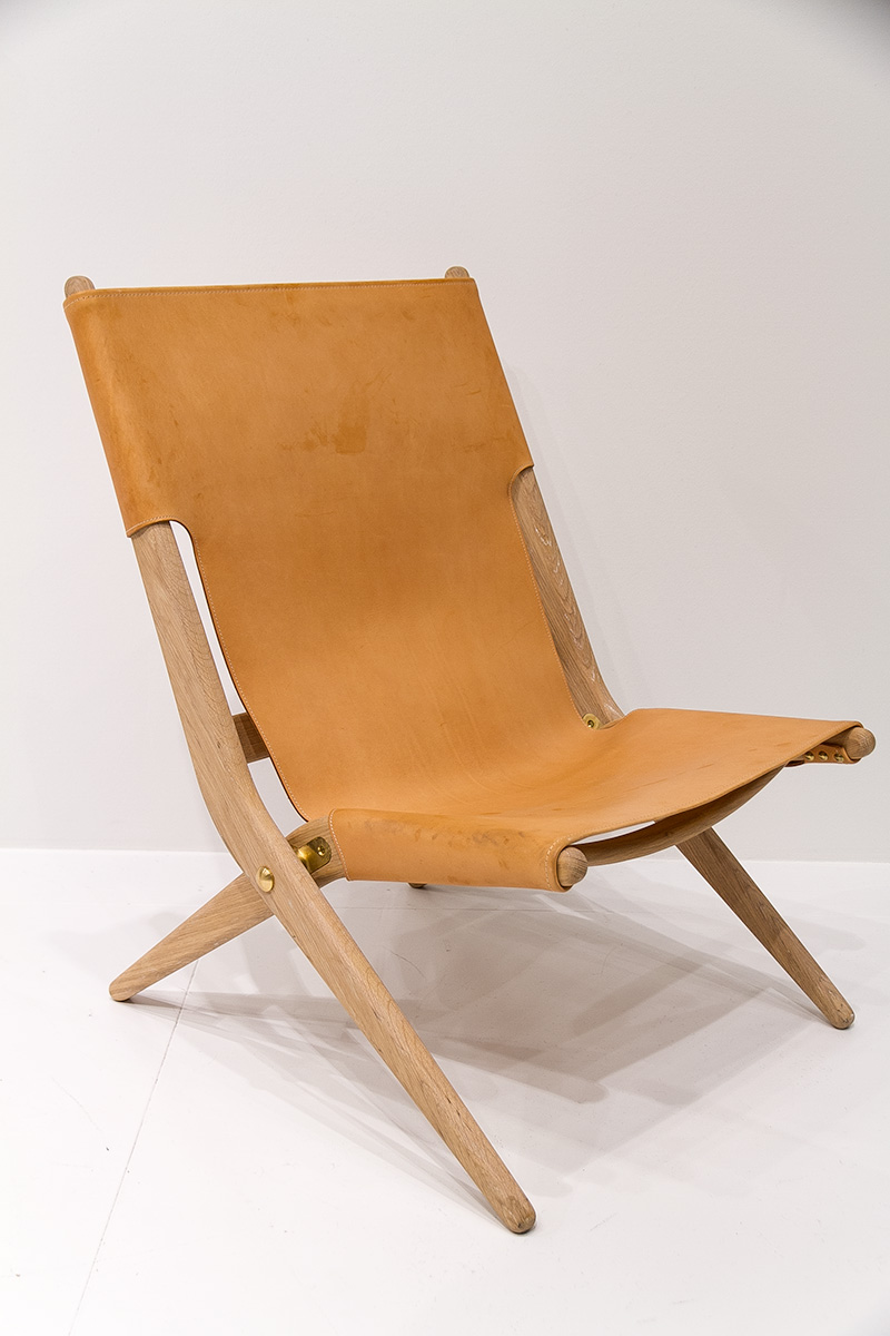 Laxe oak folding chair, exhibitor by Lassen, imm cologne fair 2018, blog post lifetime-pieces.com