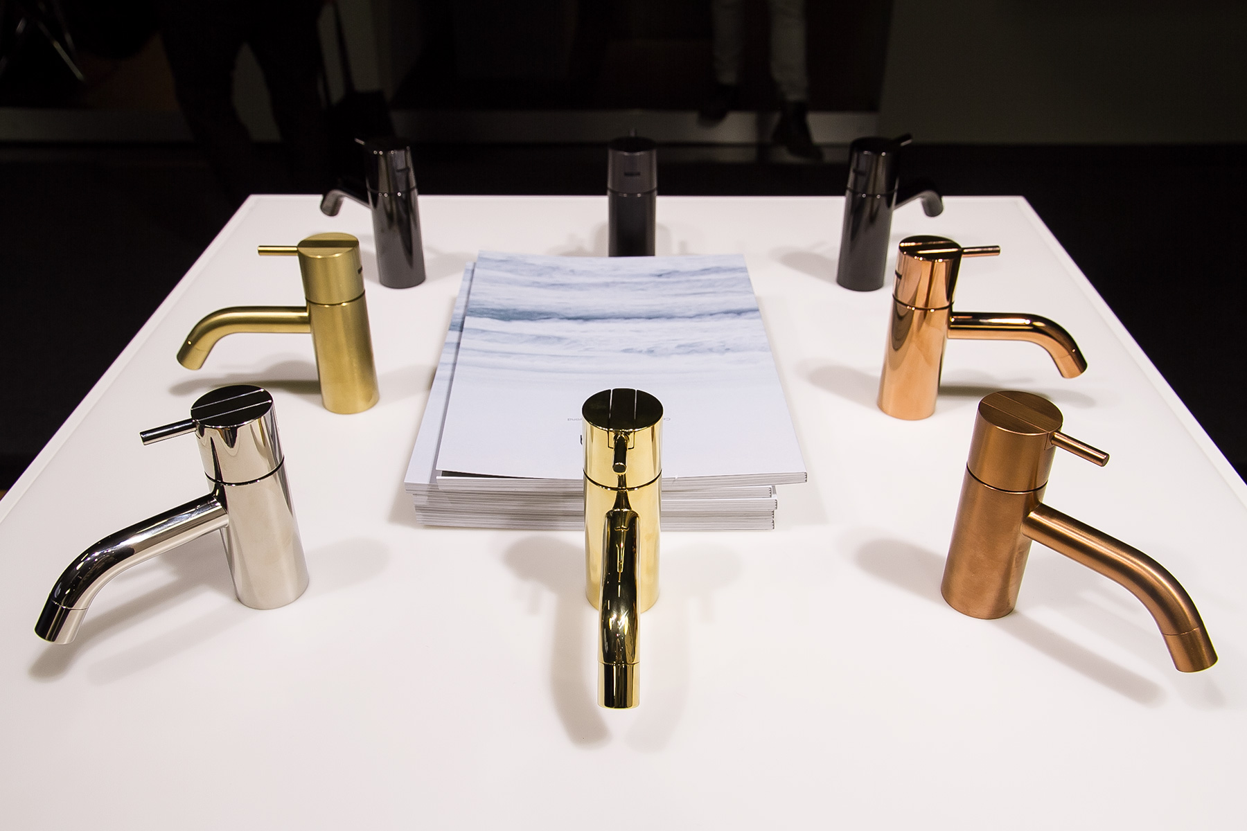 Arne Jacobsen bathroom fittings, exhibitor Vola, imm cologne trade fair 2018, blog post lifetime-pieces.com