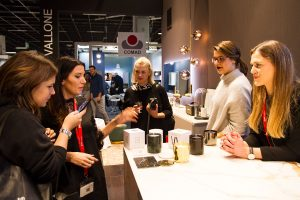 girls, scented candles, exhibitor stand vallone bathroom, imm cologne trade fair 2018, blog post lifetime-pieces.com