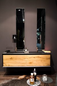 wooden washstand at exhibitor vallone, imm cologne fair 2018, blog post on lifetime-pieces.com