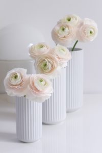 pink peonies in lybngby porcelain vases, spring flowers, blogpost Lifetimepieces.com