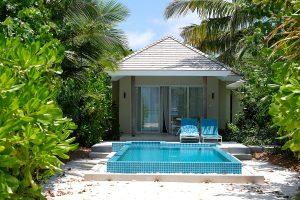 Kandima, Maldive islands, beach villa, pool, palms, blog post about Maldives on lifetime-pieces.com
