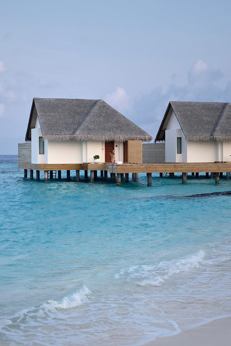 Fushifaru, water villas, beach, sand, water, Indian Ocean, sea, sky, blog post about Maldives on lifetime-pieces.com