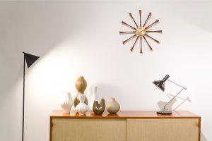 Markanto,Designklassiker, Sideboard, Uhr, Stehleuchte, Vase