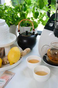 Teekanne, Zitrone, Kräuter, Teeschalen, TeeautomatYoga, Temial, Achtsamkeit, Teafulness, Mindfulness, Lifehack